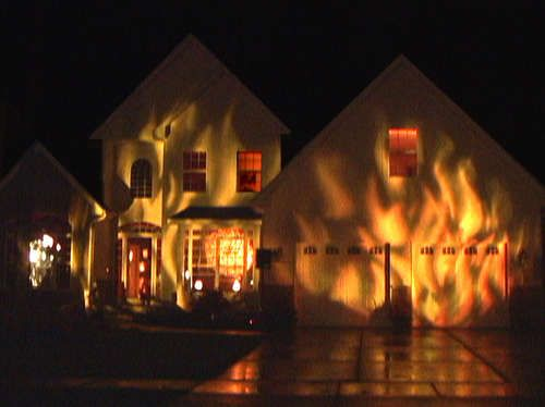 Special EFFECTS Projections to create a Halloween House on Fire. Great effects.