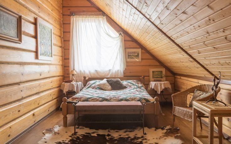 <p>Автор проекта: Анастасия Муравьева</p> <p>Эта спальня узкая…