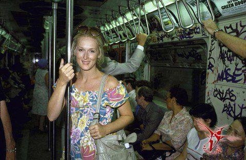 Редкие исторические фотографии из частных коллекций 19 » Вестник К                                  Мерил Стрип в нью-йоркском автобусе, 1981