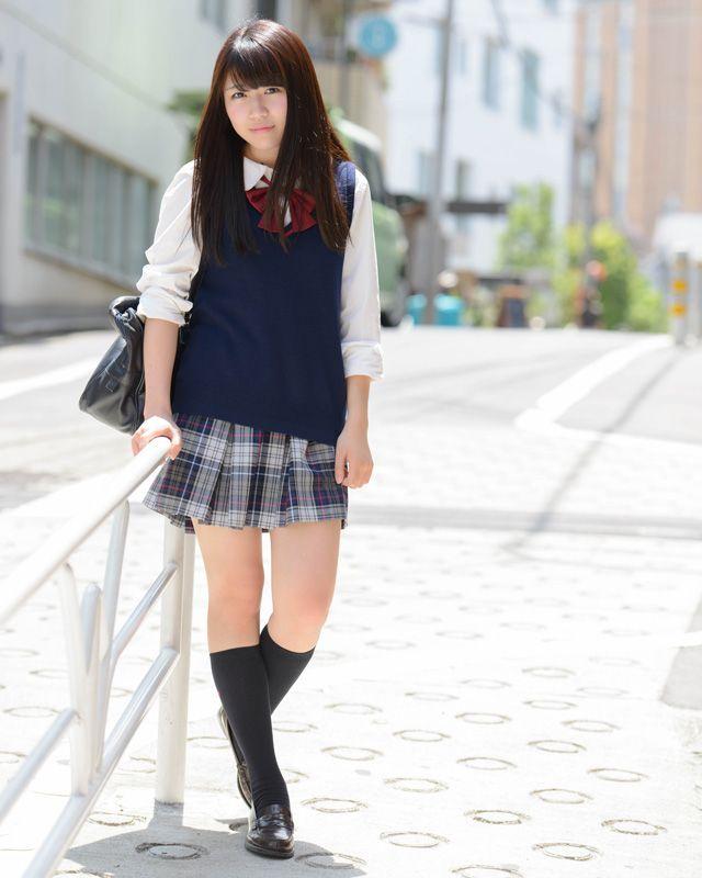 schoolgirl-outfits-japan-amateur-thong-pics