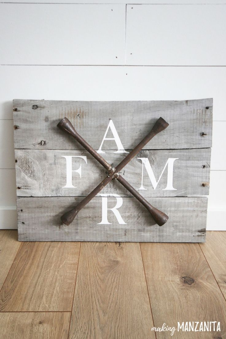 DIY Farmhouse Sign with Pallet Wood and
