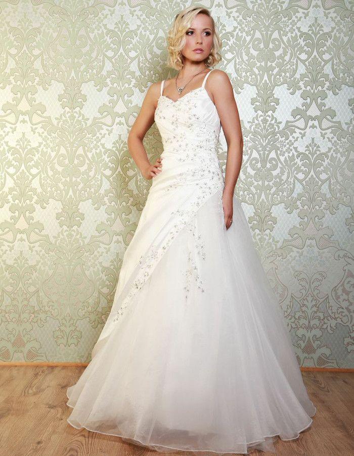 95 best Collection 2015 - Vintage Wedding Dresses images on ...