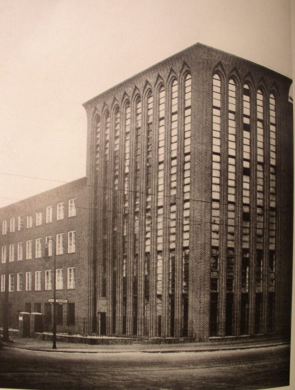 Hans Heinrich Müller's Umspannwerk Christiana. (Berlin-Wedding, 1927-28)