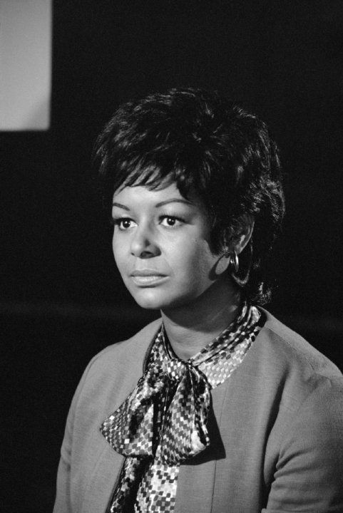 Gail Fisher  - (08/18/1935 - 12/02/2000) age 65. Known for Mannix, General Hospital, Mankillers, Every Man Needs One