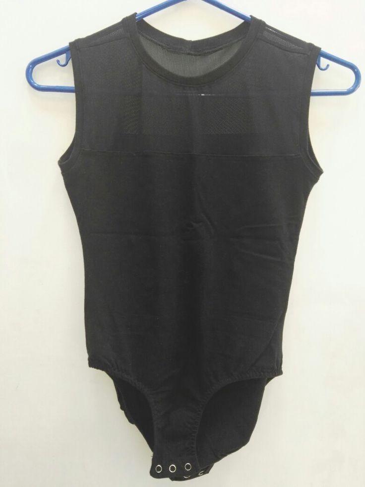 Body negro confeccionado por Tiernos Encantos.