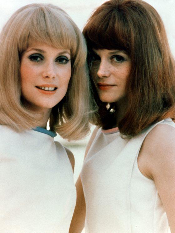 Avec Françoise Dorléac dans « Les demoiselles de Rochefort » de Jacques Demy, en 1966.