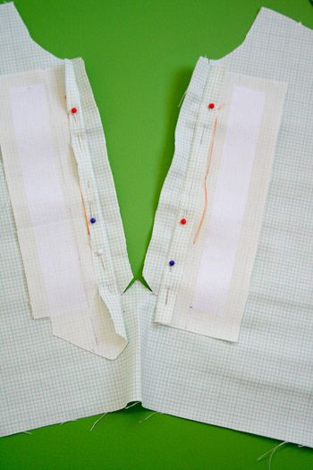Placket Markings & Creation  / neckline / Sew,Mama,Sew!
