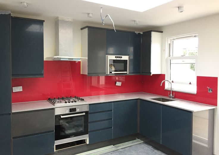 Bespoke coloured toughened glass splashbacks. https://londonglasscentre.net