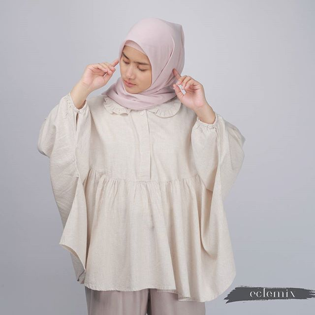 Check out this new arrival. . Casila Top . Available exclusive at www.eclemix.com . Or reach our admin contact at:  line@ : @eclemix  WA : 081326004010 . #eclemix #hijab #fashion #beauty #ootd #fashionhijab  #bandung #localbrand #top