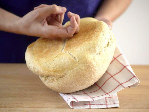 Brot backen - so geht's Schritt für Schritt