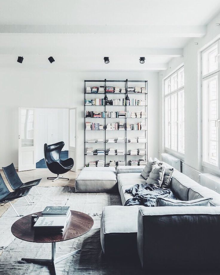 A masculine loft in Berlin. Find out more on @frenchbydesign blog. #dcninteriors