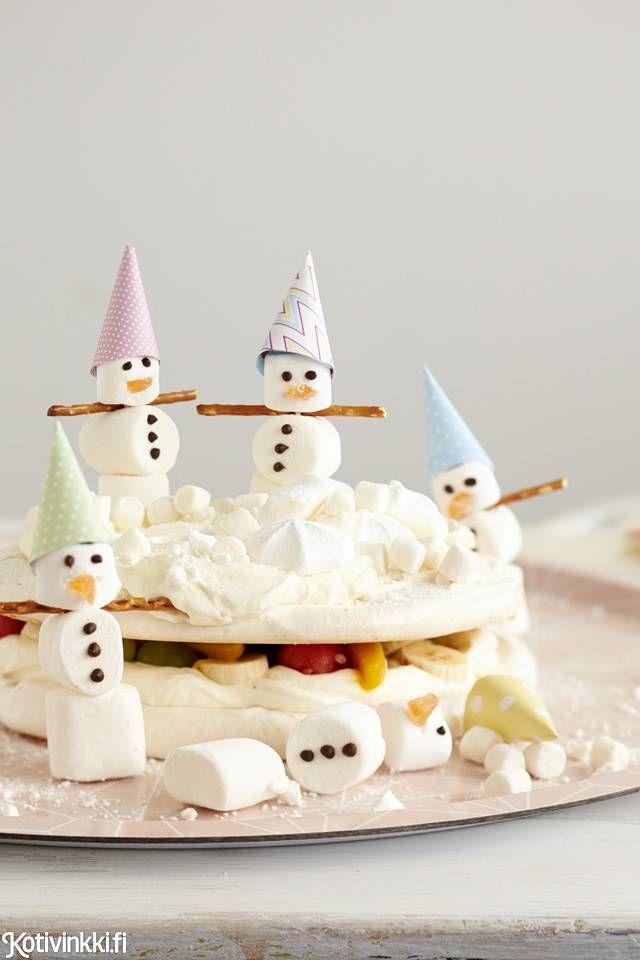 Lumiukkojen marenkikakku / Snowman meringue cake #synttärit #täytekakku #lastenjuhlat #kidsparty #birthdaycake #childrensparty