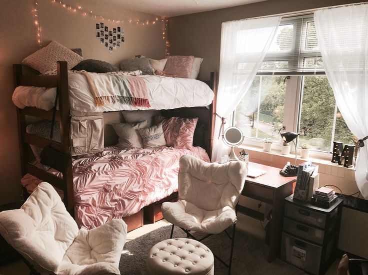 College Dorm Room Ideas Pink