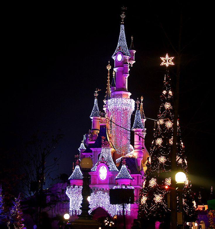 Christmas Disneyland Paris1
