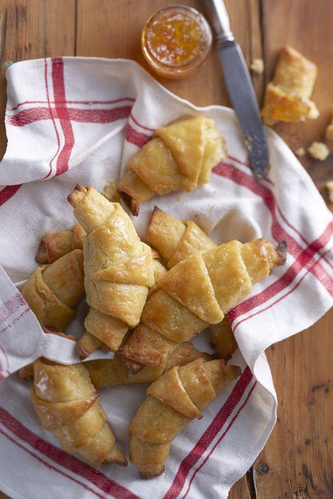 Kun gluteenittomat croissantit tehdään aitoa ranskalaista reseptiä mukaillen, syntyy kuohkeita ja päältä rapeita herkkuja, jotka vievät kielen mennessään.
