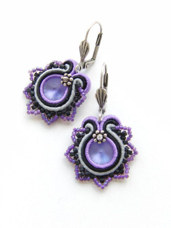 Soutache Earrings Lilac Flower por Violetbijoux en Etsy