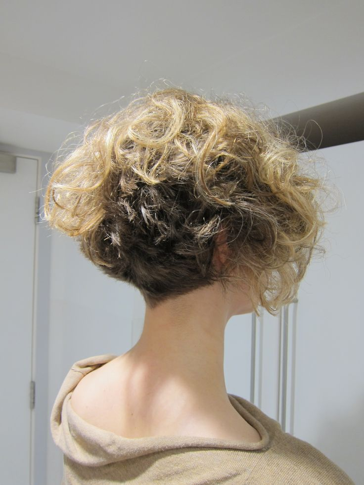 Cut and styling by JoAnn. Vidal Sassoon Academy in London.