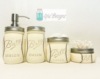 Valentines Day Mason Jar Decor with twine. Pint & Half Mason Jar. Pint Size Soap dispenser. Hand painted and distressed. Oven cured and a matte clear coat to protect the paint. Contact me if you have any questions. Visit my store for other options available. Direct link to store: www.butifuldesigns.etsy.com  USPS Priority mail shipping with tracking number and insurance. Note: Candies not included.