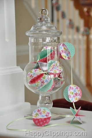 How to Make a Pretty Paper Ball Garland