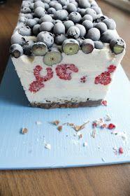Fräulein Ordnung: Torte im Blaubeerkleid