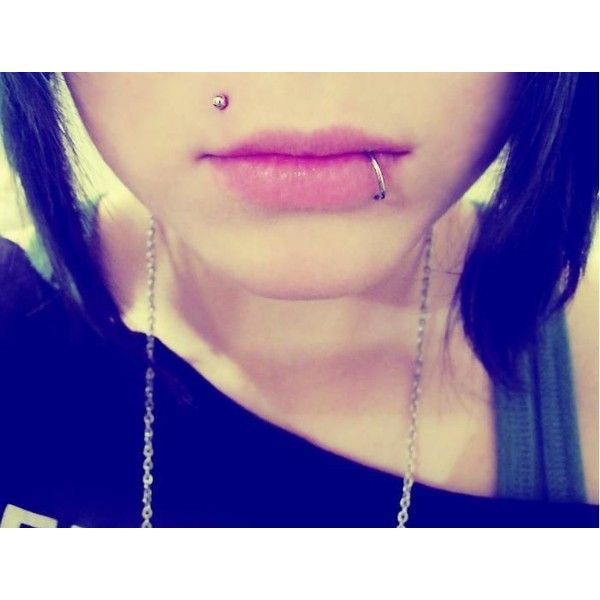 Monroe Piercing by xToxicScreamx ❤ liked on Polyvore featuring jewelry, piercings, tattoos and piercings, accessories, lip piercings, tattoo jewelry and lip jewelry