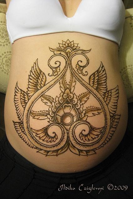 38-Jessica's Winged Belly '10-c by Hennayat, via Flickr