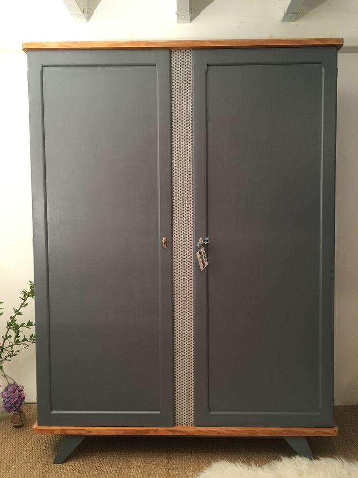 L'armoire vintage Manon a été entièrement restaurée. Ses couleurs : Gris béton…