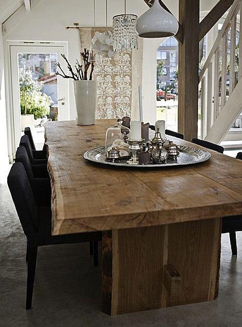 17 migliori idee su tavoli in legno rustico su pinterest for Design moderno di mobili in legno massello