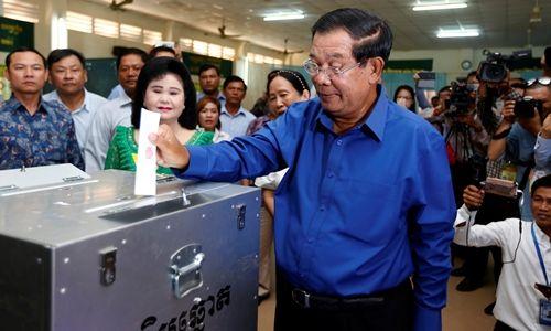 Đảng của Thủ tướng Hun Sen chiến thắng trong bầu cử xã phường Campuchia
