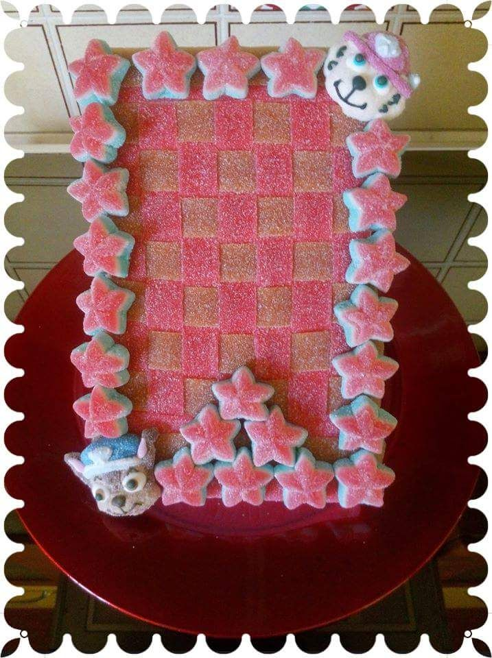 Cornice Paw Patrol #caramelle #candy #caramellegommose #candy #marshmallow #tortedicaramelle #cornici #pawpatrols #bambini #kids