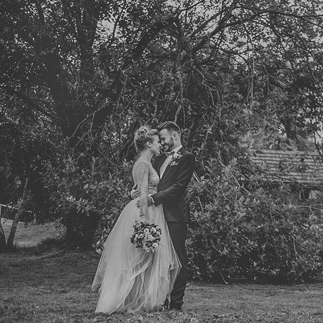 #wedding #weddingdress #bride #groom #sylwiakopczynska #dolinacedronu