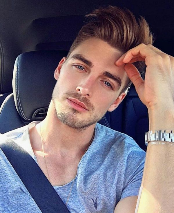 Selfie poses for guys