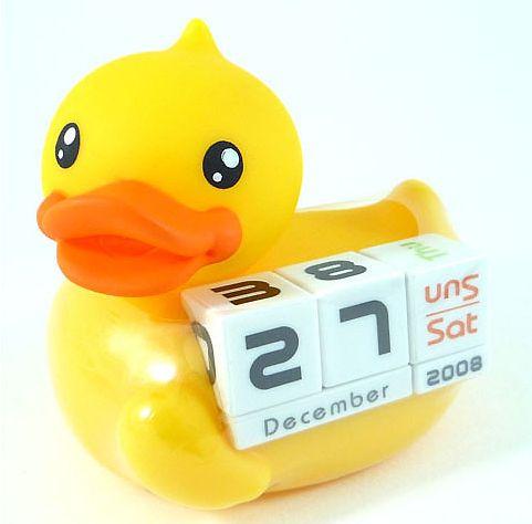 rubber-duck-desk-calendar