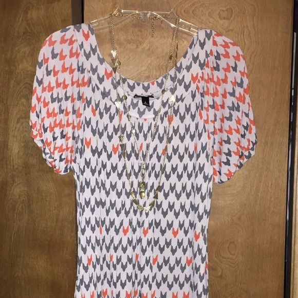 MOSSIMO gray and orange chevron dress gray and orange chevron dress with POCKETS! Can be worn in summer or winter with leggings. Mossimo Supply Co. Dresses Mini