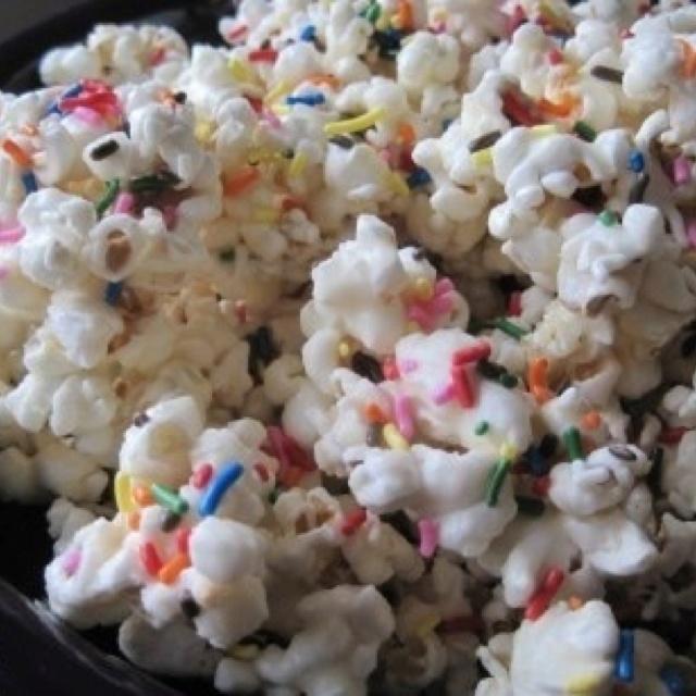 Birthday Cake Popcorn For My Daughter & Her Friends!!! Sleepover Snacks!!! #15