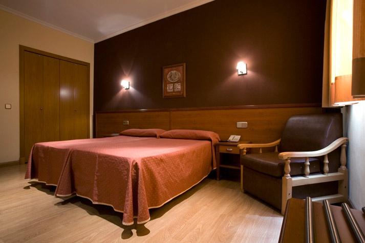 Habitación del Hostal Persal - Madrid centro