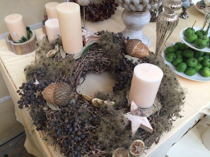 Weihnachtskranz mit Naturmaterialien -  Adventsausstellung & Weihnachtsausstellung Angela Lanz für Floristik in Erfurt 2014