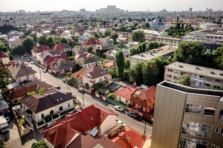 Vedere spre Casa Poporului - Bulevardul Gheorghe Șincai © Mihai Petre