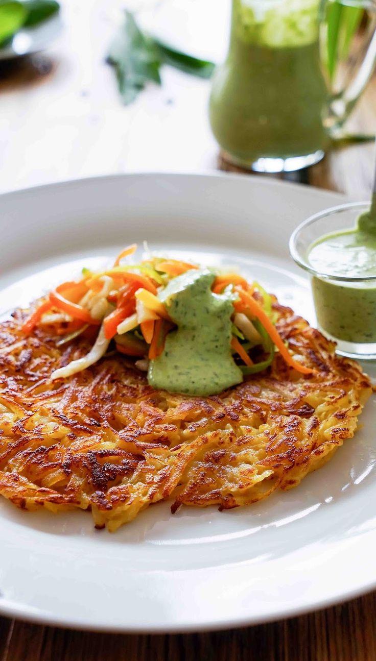 stuttgartcooking: Rösti mit Wurzel-Gemüse und einem Bärlauch-Joghurt...