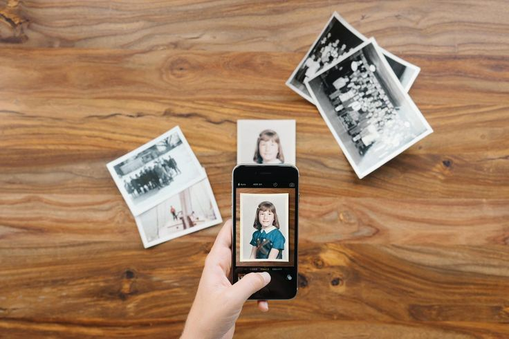 "Apps for using your smartphone to ""scan"" photos. No time needed using your PC!"
