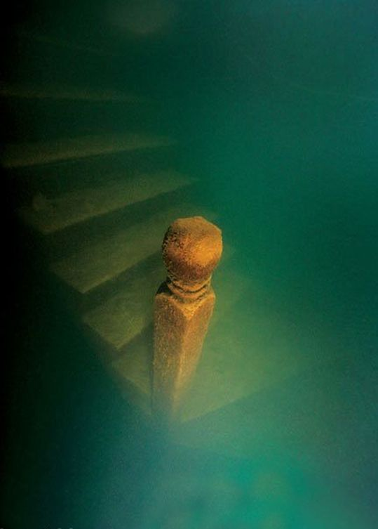 China's Ancient Underwater City Becomes Divers' Paradise (PICTURES)