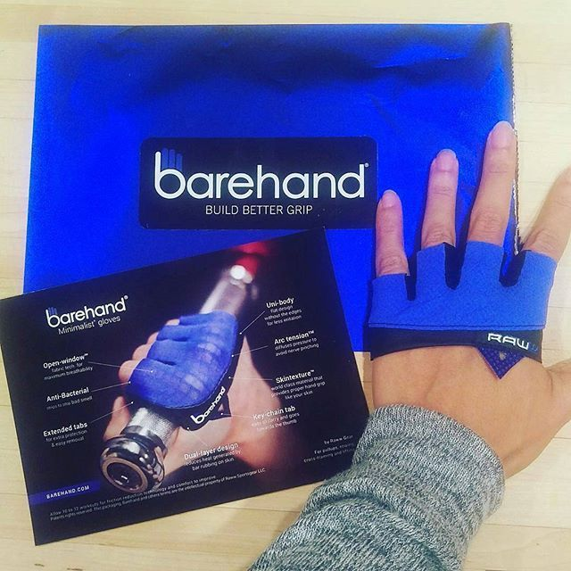 Love lifting!?! Then you have to go BAREHAND gloves. Last reminder Click @barehand.gloves profile link to get LAST call to save with HOLIDAY sale. Christmas delivery cutoff date is tomorrow if you want to GIFT a fitness addict. ________________ @fitashmami rocking her Barehand gloves ...