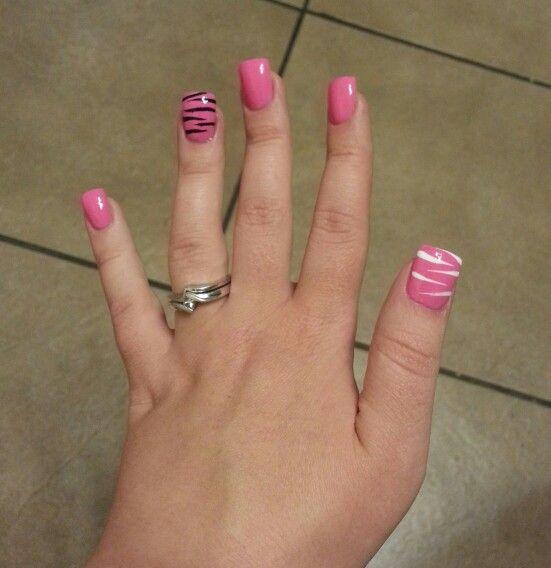 Pink Acrylic Nail Designs: Pink Black & White Zebra Acrylic Nail Art.