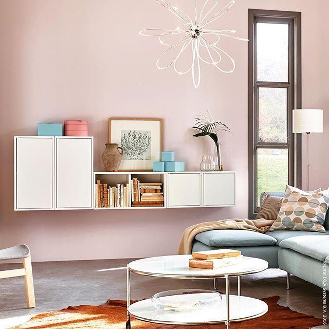 Wir sind im siebten Himmel mit unserem schwebenden #Sideboard. #Couchtisch #Sofa #Wohnzimmer #VALJE #STRIND #SÖDERHAMN #meinIKEA