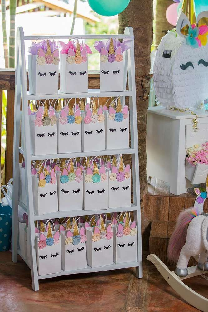 Loving The Party Favor Bags At This Unicorn Birthday See More Ideas And Share Yours CatchMyParty Catchmyparty Unicornbirthdayparty
