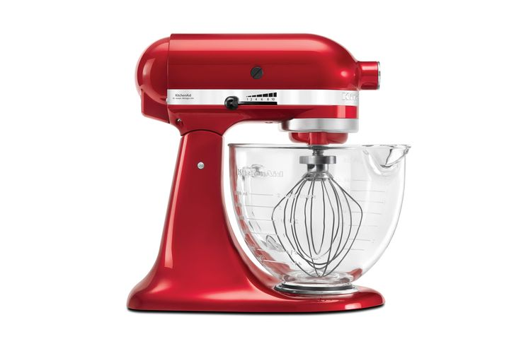 The Platinum Stand Mixer features a premium two coat metallic finish, elegant glass bowl and Flex Edge Beater for faster ingredient incorporation.