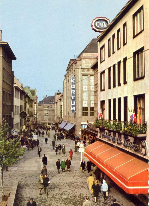 1966 Kortumstraße mit Kaufhaus Kortum in Bochum