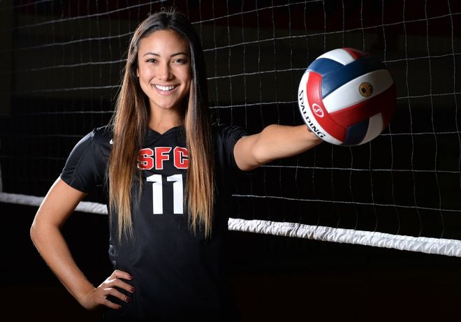 All Usa Volleyball Player Of The Year Lexi Sun Sante Fe Christian Solana Beach Calif Usa Today High Volleyball Poses Volleyball Players Usa Volleyball