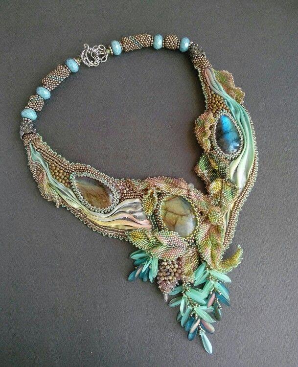 Designs Angelika Motzkin