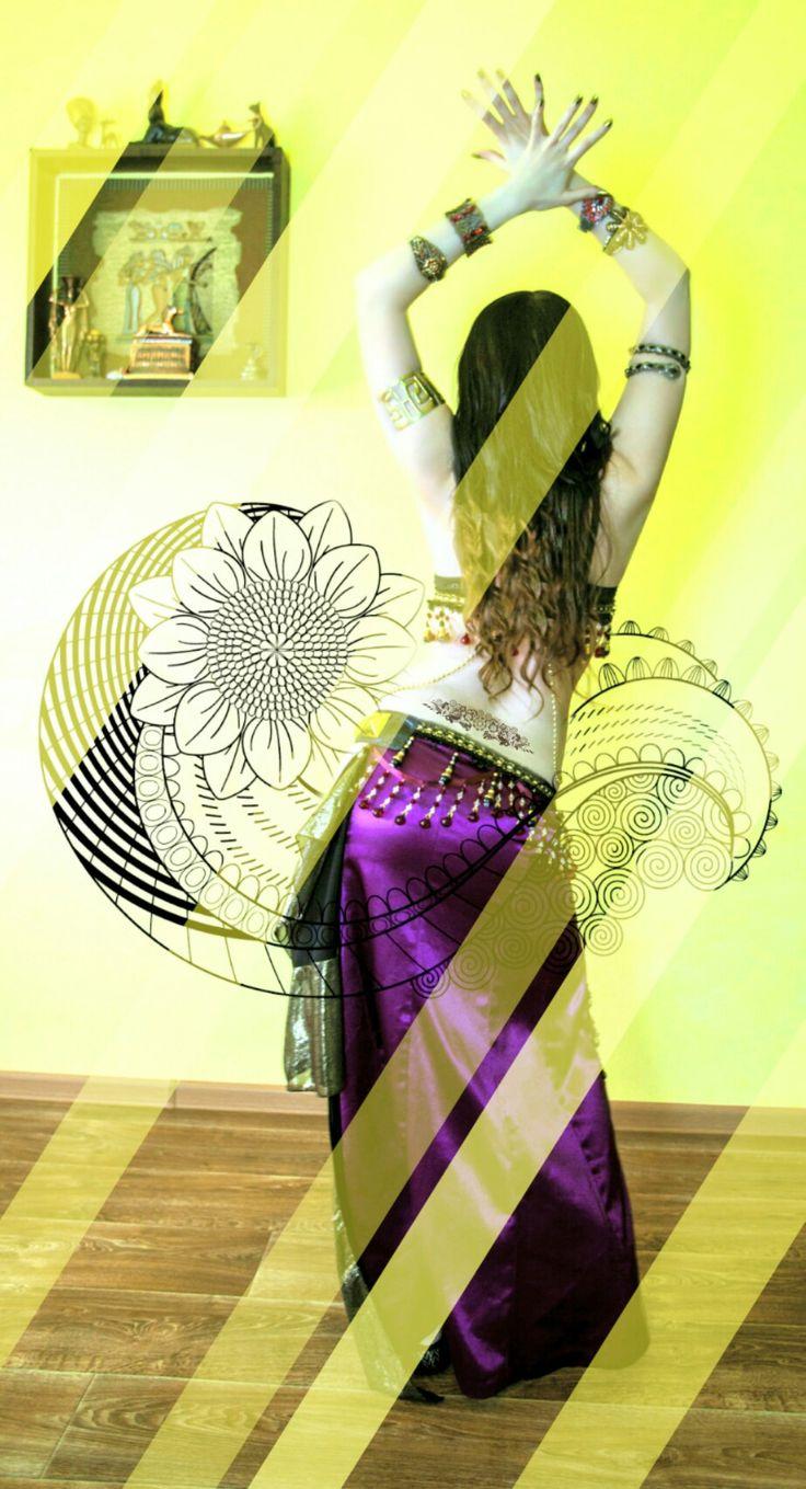 Танцовщица в стиле tribal indian trap Tata Baeva #tatabaeva tribal fusion, bellydance, wings, восточные танцы, трайбл, indian, dance, dancing, music, song, dancer tatabaeva, arab trap, современный восточный танец, трап, arabian trap, arabic, bellydance show, светодиодный костюм, светящиеся крылья, танец со светодиодами, шоу, восточный танец под электронную музыку, Tata Baeva, 2017, led dance, bollywood, индийский,